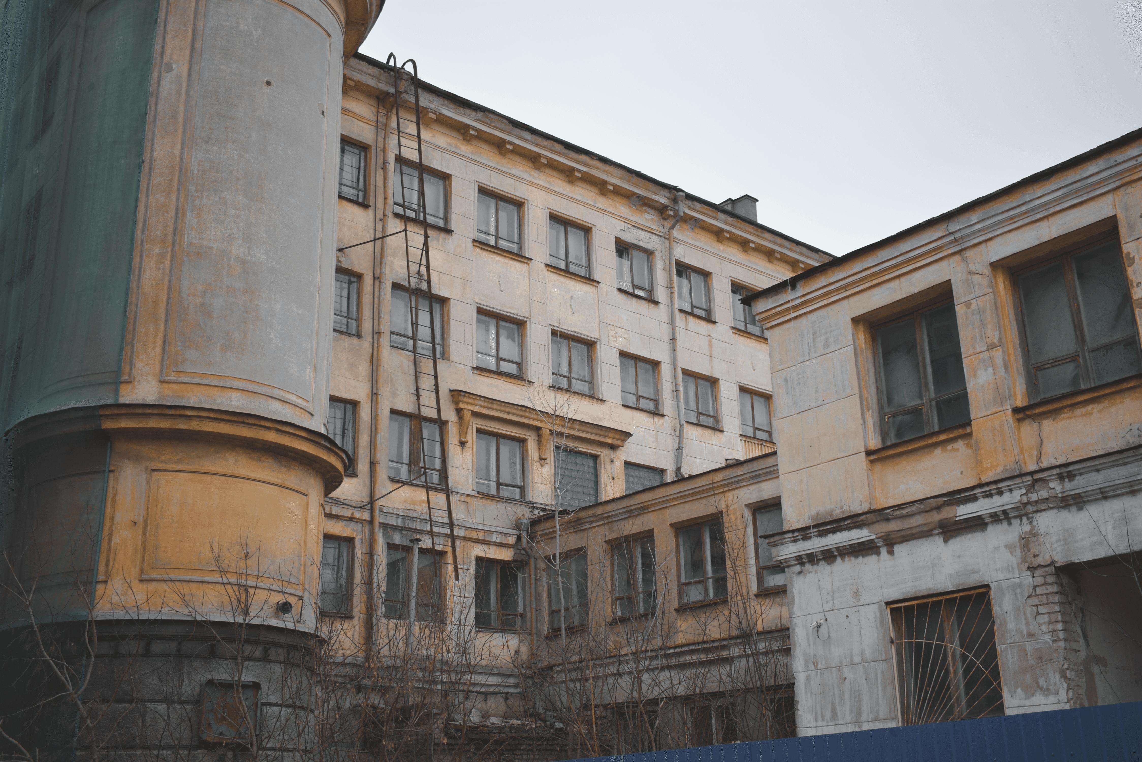 Что нужно нижегородцам и туристам в здании на месте гостиницы «Россия» - фото 1