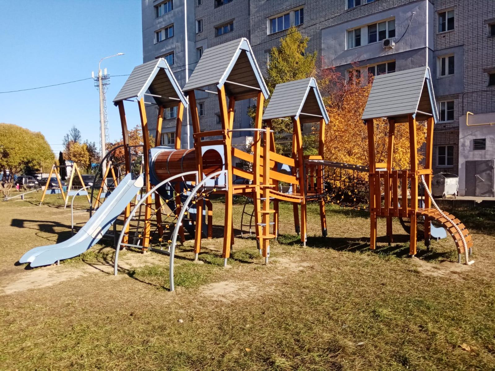 Четыре детские площадки обустроили в Канавине Нижнего Новгорода - фото 1